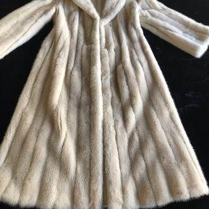 Jackets & Coats - White Mink Coat